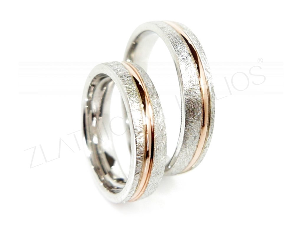 4535 1 zlate snubni prsteny