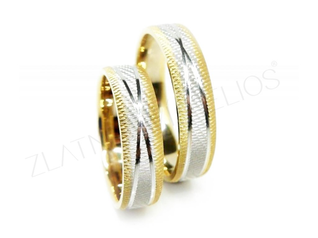 4607 1 zlate snubni prsteny