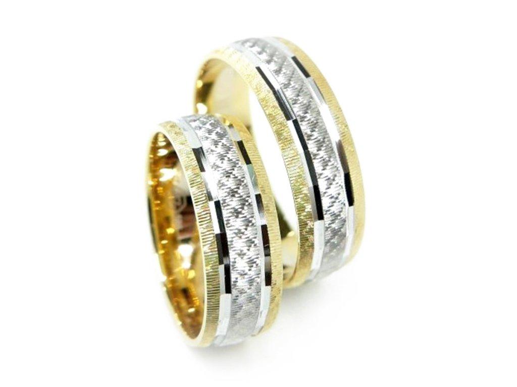 4610 1 zlate snubni prsteny