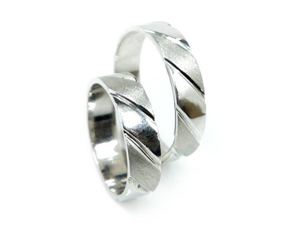 5051 1 zlate snubni prsteny
