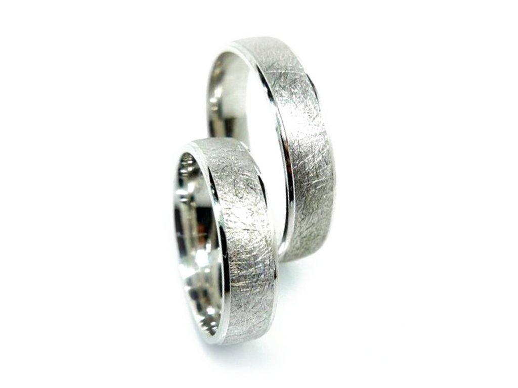 5183 1 zlate snubni prsteny