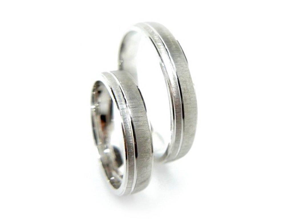 5315 1 zlate snubni prsteny