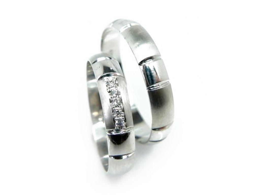 5648 1 zlate snubni prsteny