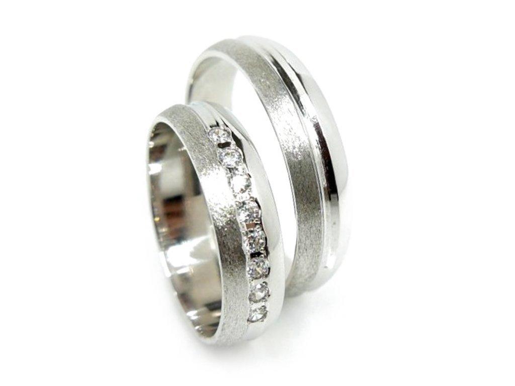 5636 1 zlate snubni prsteny