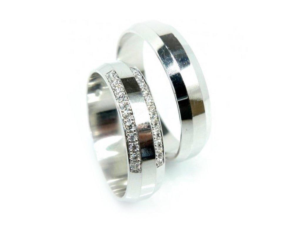 5633 1 zlate snubni prsteny