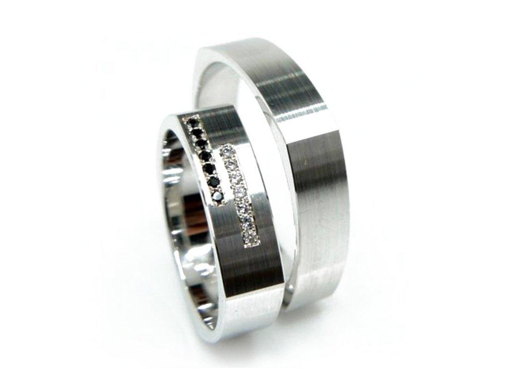 5612 1 zlate snubni prsteny