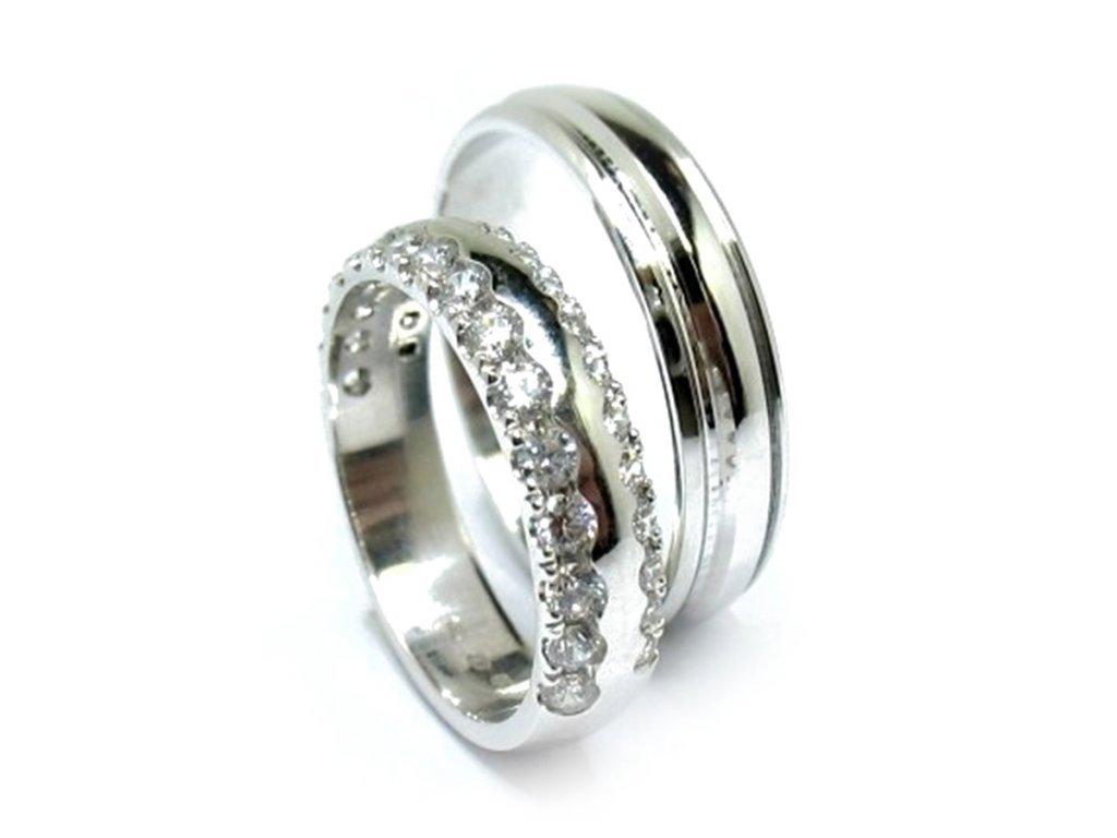 5543 1 zlate snubni prsteny