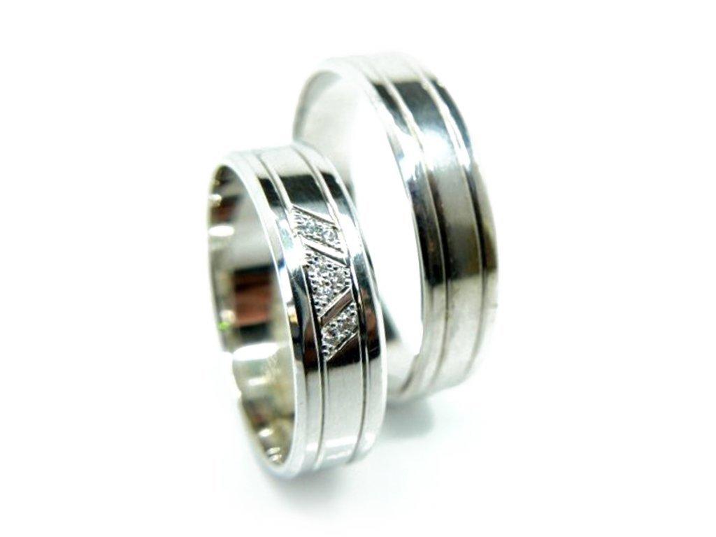 5417 1 zlate snubni prsteny