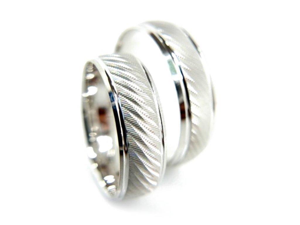 5321 1 zlate snubni prsteny