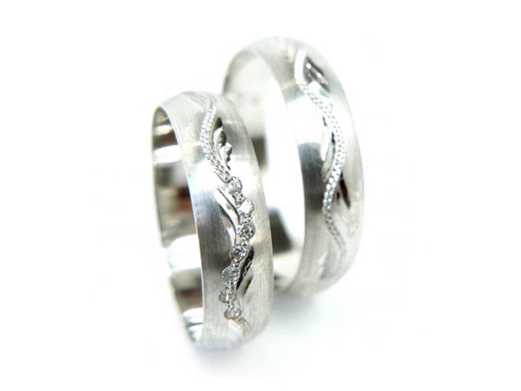 5156 1 zlate snubni prsteny