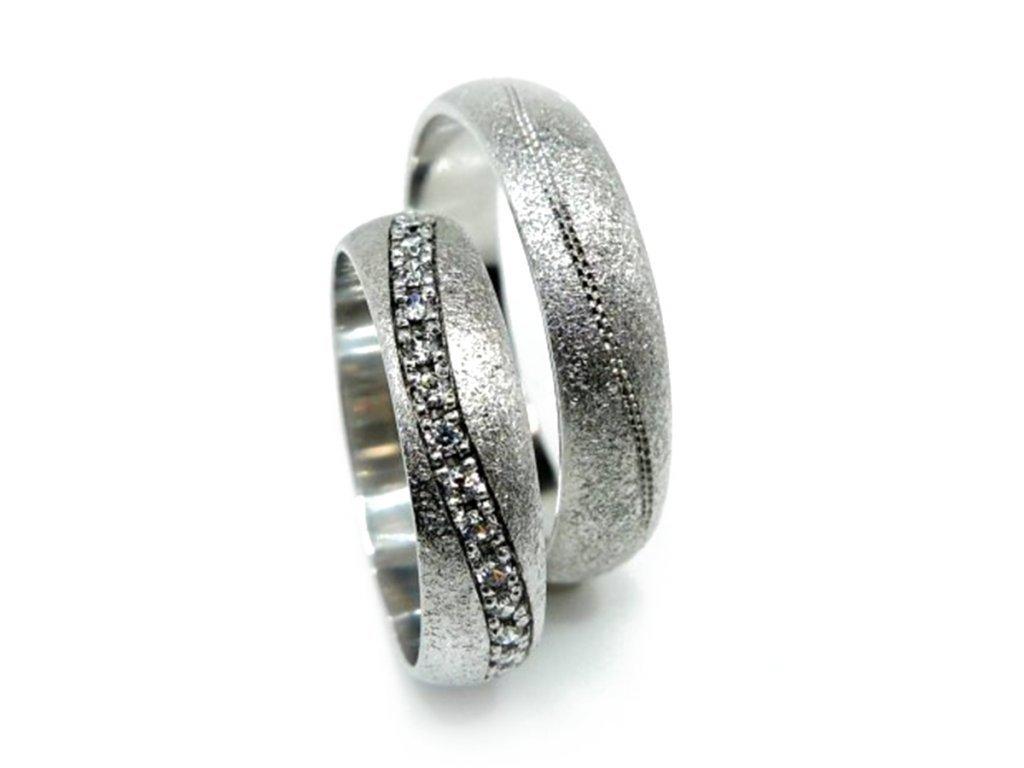 5126 1 zlate snubni prsteny 1