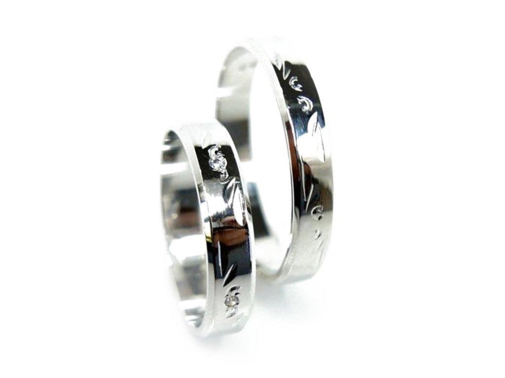 4796 1 zlate snubni prsteny