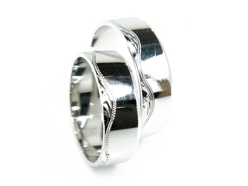 3845 1 zlate snubni prsteny