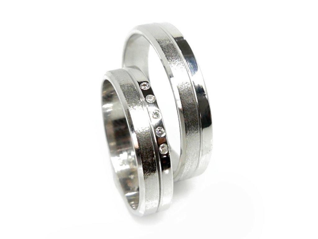 3737 1 zlate snubni prsteny