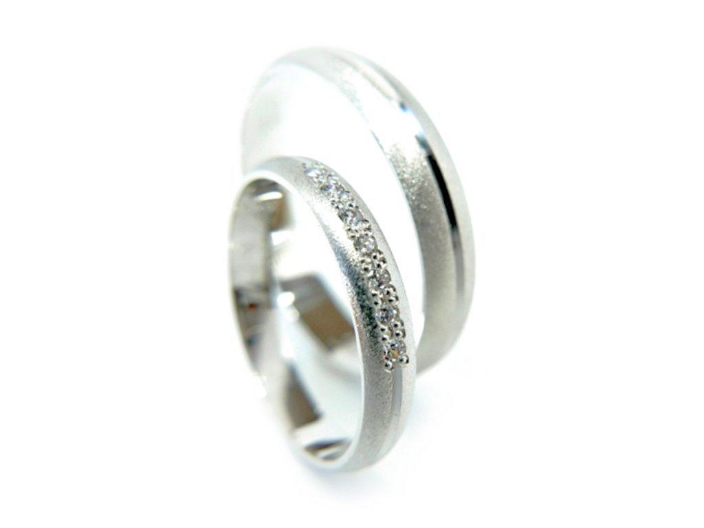 3026 1 zlate snubni prsteny