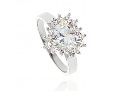 Zlatý prsten se srdcem