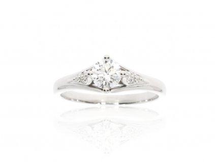 7736 zlaty prsten s moissanitem