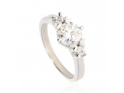 7739 zlaty prsten se tremi moissanity