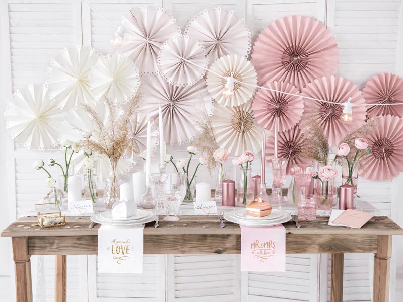 Vyberte si správnou barvu svatební výzdoby!