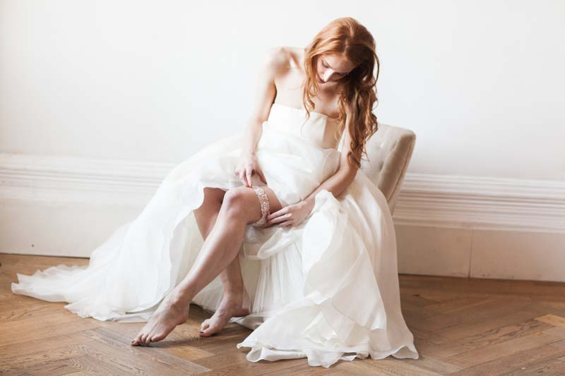 Z historie svatebního podvazku