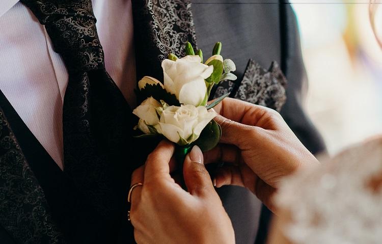virág-kitűző-vőlegénynek_7