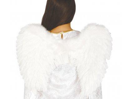 Bílá andělská křídla