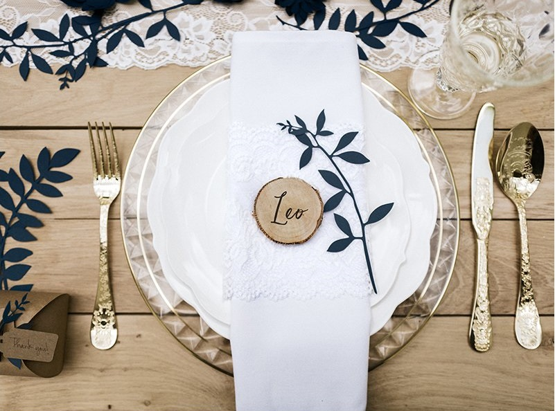Svadobné menovky sú detail, bez ktorého sa žiadna svadba nezaobíde!