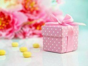 Krabička bodkovaná ružová s mašličkou