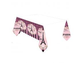 Obrus Den v Parizi
