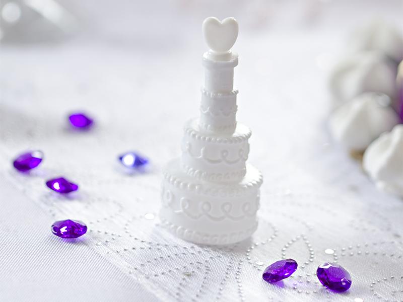 PartyDeco Bublifuk v tvare svadobnej torty - 4 kusy