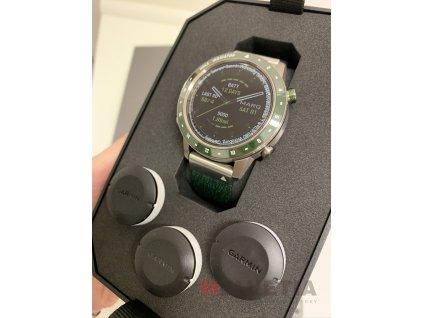 Garmin MARQ Golfer 010-02395-00 Premium + náhradní řemínek  + bezdrátová sluchátka Niceboy HIVE v hodnotě 1490Kč