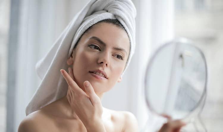 Jak pečovat o pleť: 3 zásady péče o pokožku