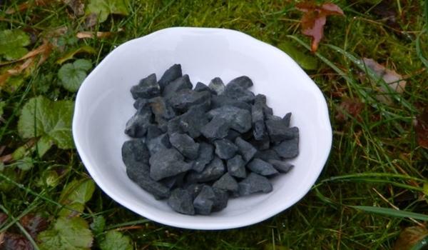 Zázračný černý minerál z Ruska - Šungit