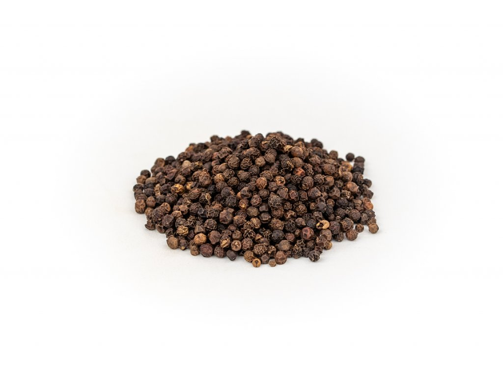 cerny pepr plod cely