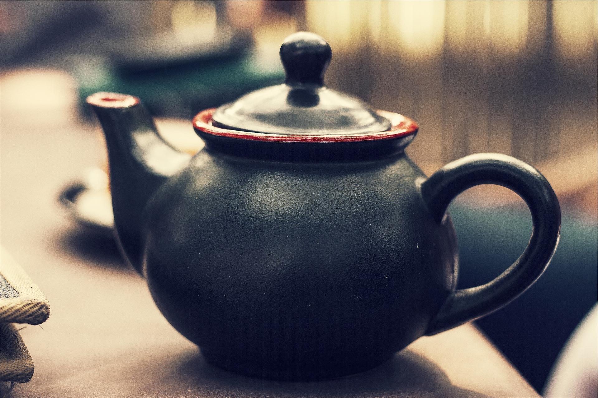 Get Romantic With Tea