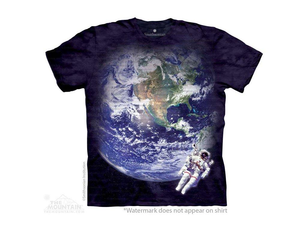 8fb1c36f092d Tričko s batikovaným potiskem the Mountain astronauta a Země