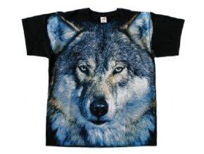 tričko vlci v zimě