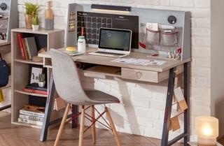 Písacie stoly pre študentov