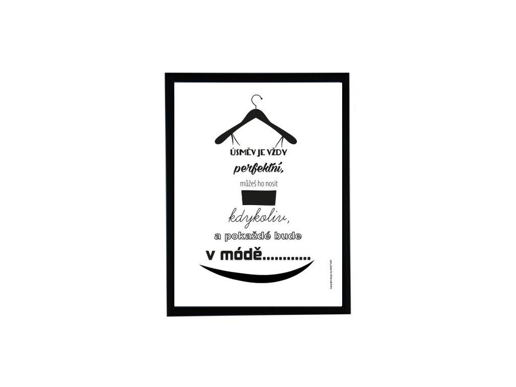 šaty v černém rámu