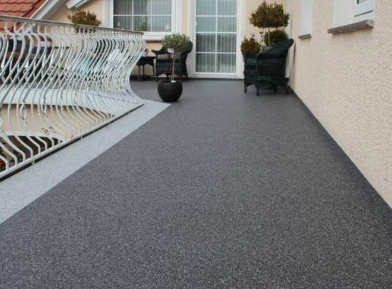 Kamenný koberec na balkon