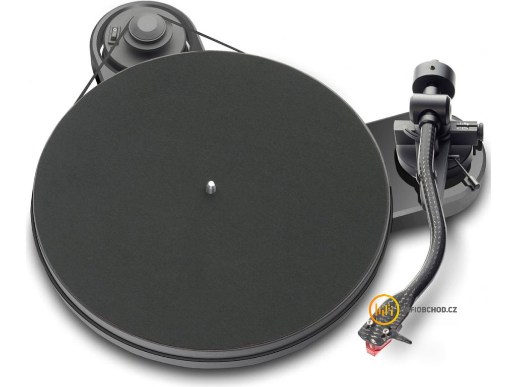 Pro-Ject RPM 1 CARBON + 2M RED