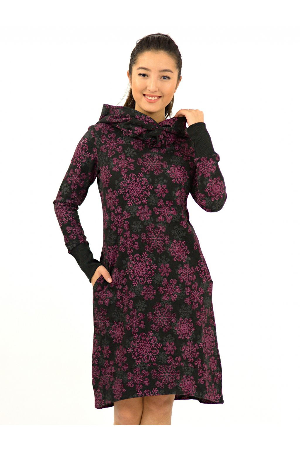 Hřejivá šatomikina Aina s maxi kapucí - černá s růžovou