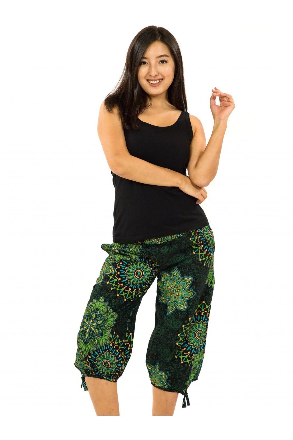 Kraťasy Zaya - černá se zelenou