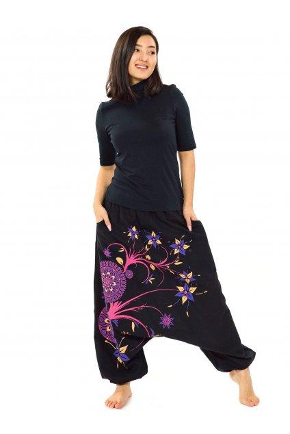 Harémové kalhoty Nalanie - černá s růžovou a fialovou