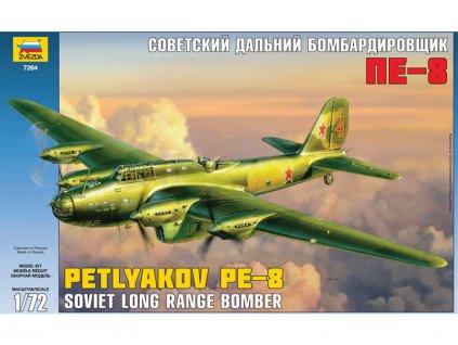 Zvezda Pe-8 Soviet Long-Range Heavy Bomber WWII (1:72)
