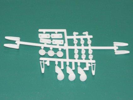 Plastové páky a vidličky pro modely .40 až.60 GP