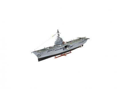 Revell U.S.S. Hornet (CVS-12) (1:530)