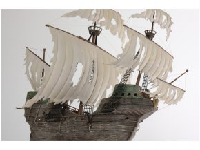 Zvezda Flying Dutchman (Ghost Ship) (1:100)