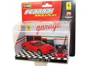Bburago 1:43 Ferrari set auta s doplňky