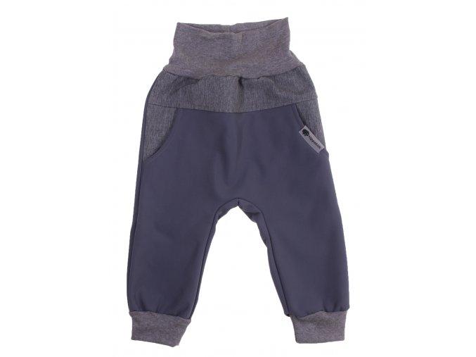 Zimní softshellové kalhoty Baby color šedá. Dětské a kojenecké zimní softshellové kalhoty na zimu podzim i jaro.Zateplené fleesem.Barevné kalhoty na doma, na ven i do města. Oblečení pro děti pro miminka.